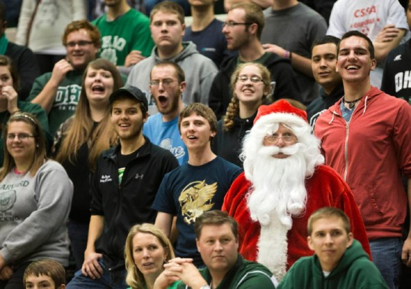 Which College Basketball Teams Will Receive A Visit From Santa This Year? (Photo Credit: AP)