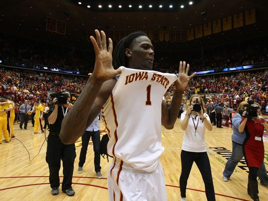 Jameel McKay gave the Cylones a much-needed presence down low. (Andrea Melendez/The Register)