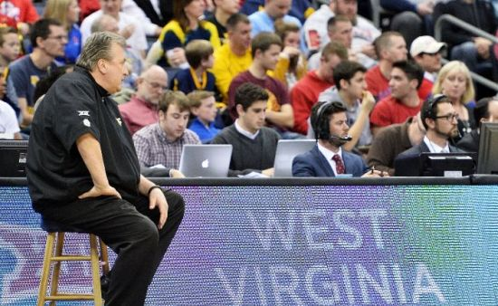 Bob Huggins and West Virginia will have a strong home crowd (Jamie Sabau/Getty Images)