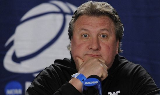 This guy is not intimidated by John Calipari and the Wildcats. (Getty)