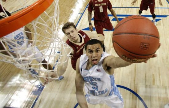 North Carolina's Marcus Paige is getting healthier and more productive with each passing game. (AP/Bob Leverone)