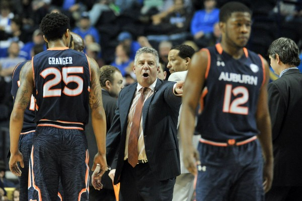 Bruce Pearl knows that beating Kentucky will be a very tall task (USA Today Images)