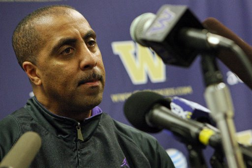 Lorenzo Romar's Team Will Begin A Do-Or-Die Season For Their Coach In China Against Texas (Photo: Seattle Times)