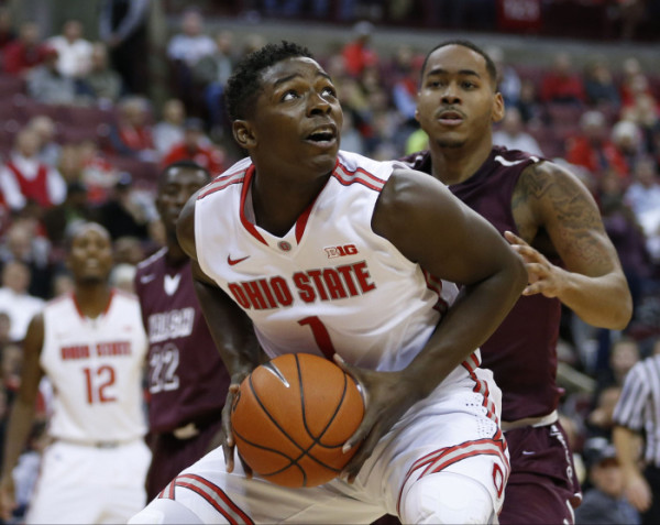 Jae'Sean Tate led Ohio State with 21 points in their season-opening win over Mt. St. Mary's. (Dispatch Photo by Barbara J. Perenic)