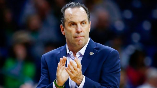 The Notre Dame faithful is trusting that Mike Brey's system will prevail this season. (AP)
