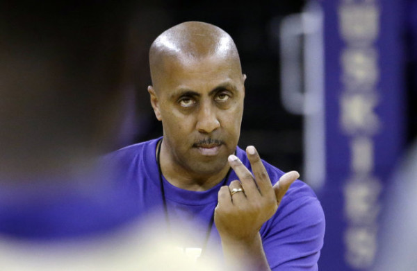 Blowing It All Up And Starting Over May Have Been Lorenzo Romar's Best Bet (Elaine Thompson, AP)