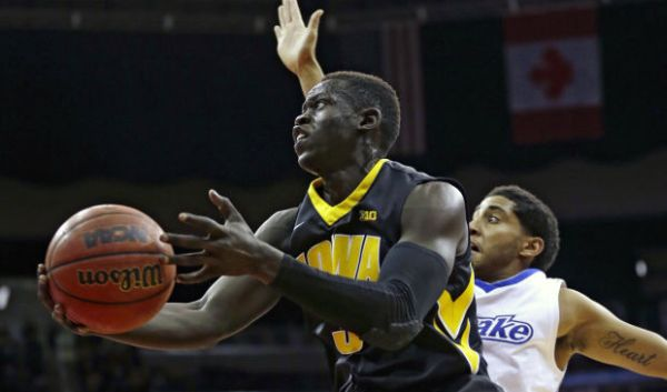 Peter Jok and Iowa have gotten off to a solid start. (Globe Gazette)