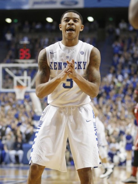 Tyler Ulis and Kentucky are the prohibitive favorites to win the SEC (Mark Zerof, USA Today Sports)