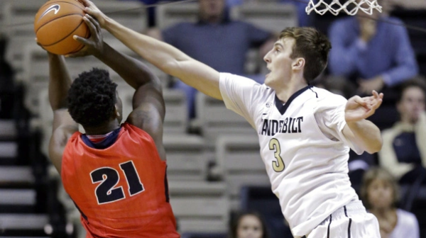 Luke Kornet has become a blocking machine this year (collegebasketball.nbcsports.com).