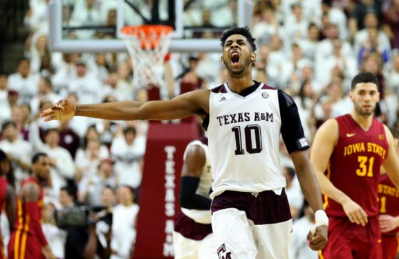 Texas A&M held on for a big win against an old friend in the Big12/SEC Challenge (bleacherreport.com).